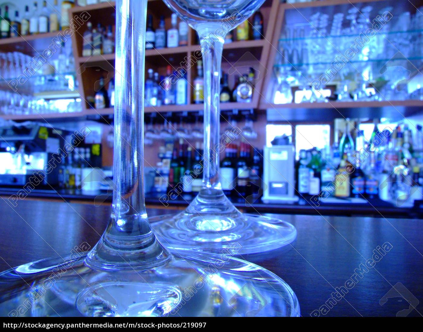 glasses, on, a, bar - 219097