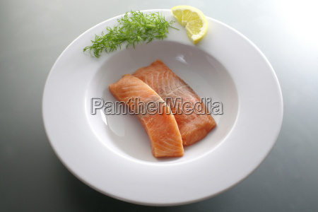 plate, of, fish - 247106