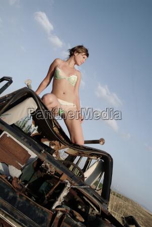 woman at the car wreck 1
