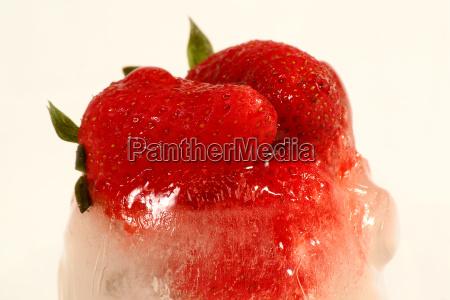 frozen, strawberry2 - 280084