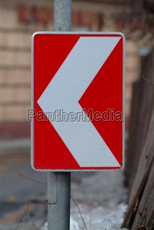 sign left 2