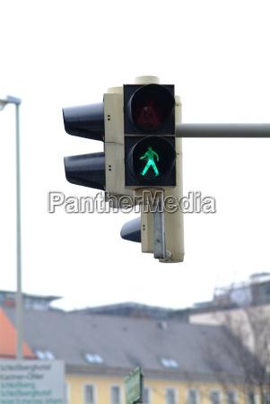 traffic light pedestrian green 1