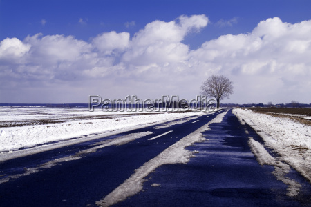 road with snow