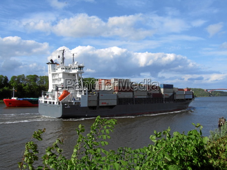 beautiful, clouds, on, the, kiel, canal - 314565