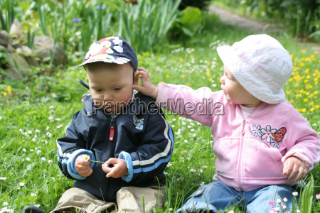 children, on, the, meadow, 6 - 320877