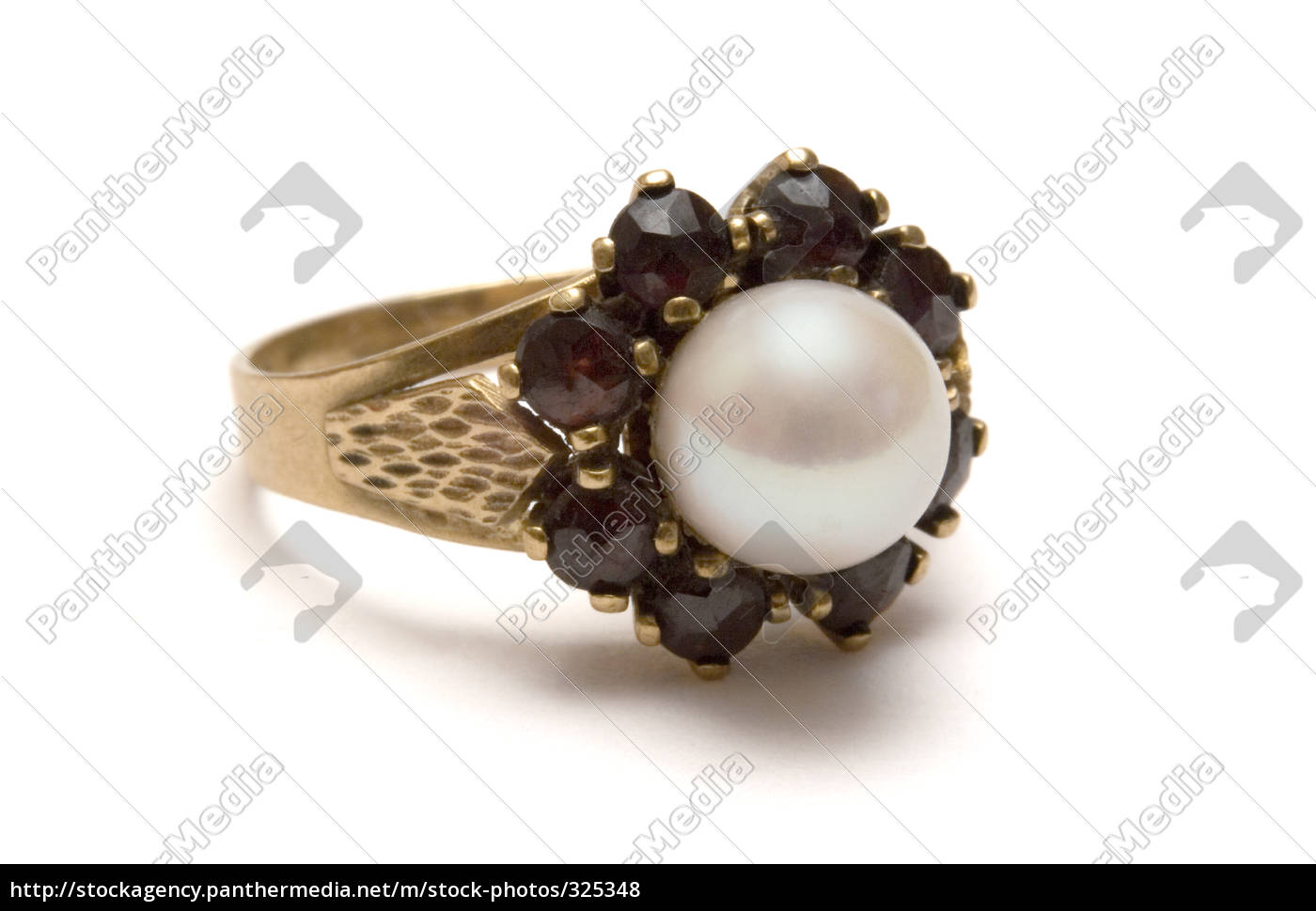 garnet, ring, with, pearl - 325348