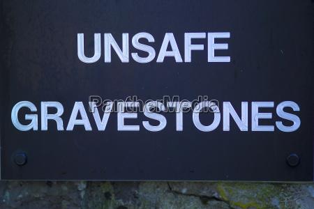 unsafe gravestones