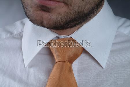 tie yellow