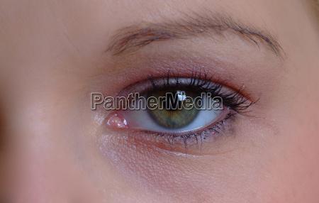 eye open 2