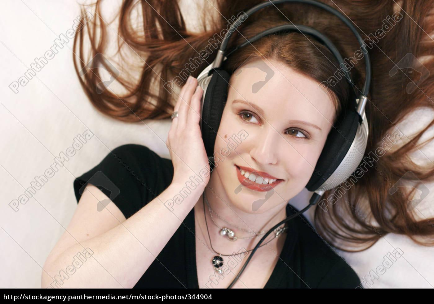 music, in, ear - 344904
