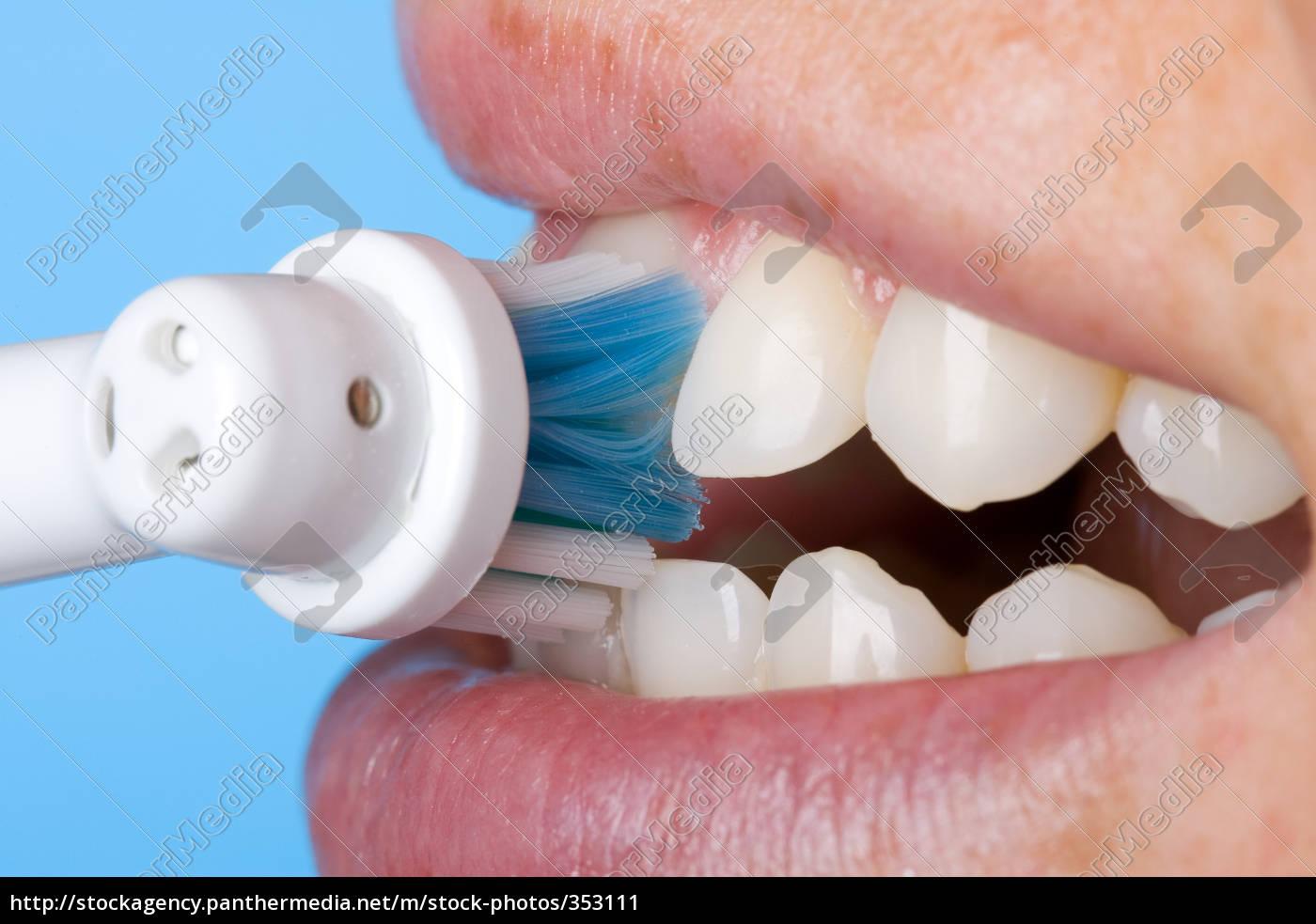 teeth, cleaning - 353111