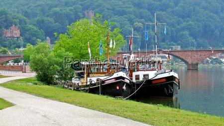 waters ships sailing boat sailboat rowing