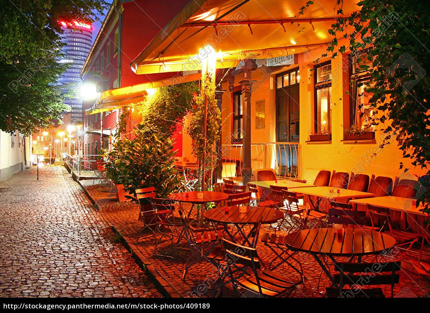 dinner, at, café - 409189