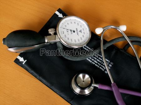 doctor physician medic medical practicioner provision