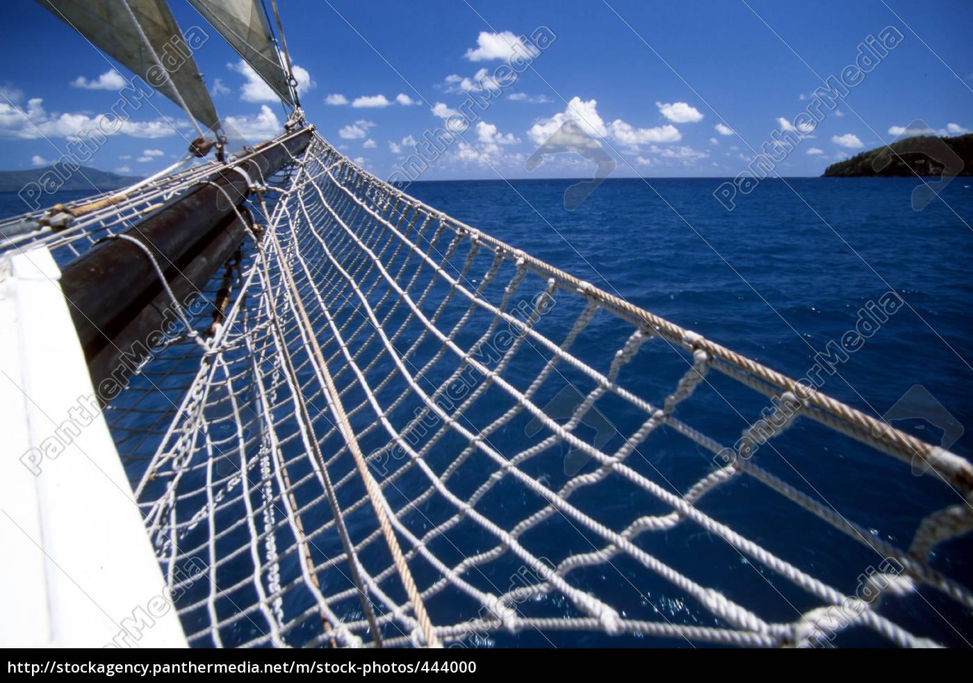 sailing, at, the, whitsunday, islands - 444000