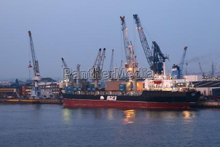 ship unloading