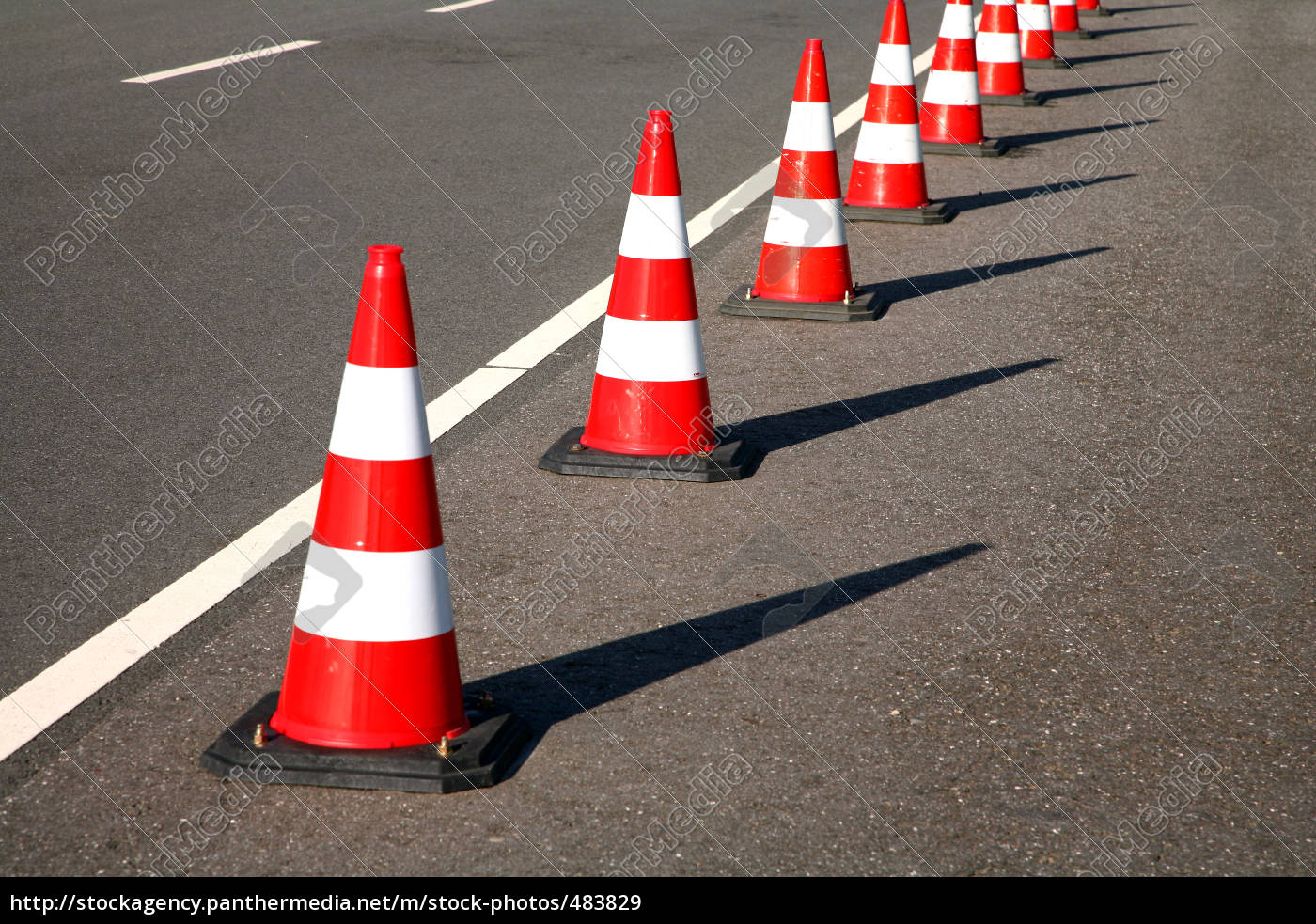 cone, as, a, road, barrier - 483829