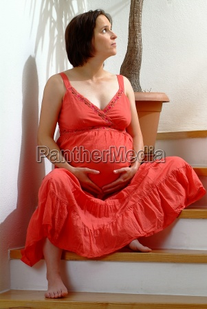 pregnant in red