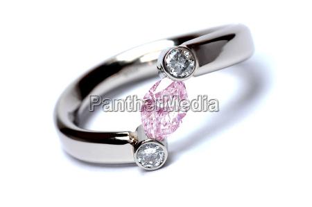 diamond pink navette
