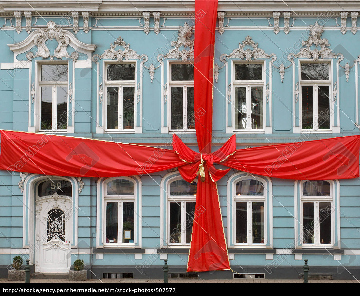 house, with, red, bow - 507572