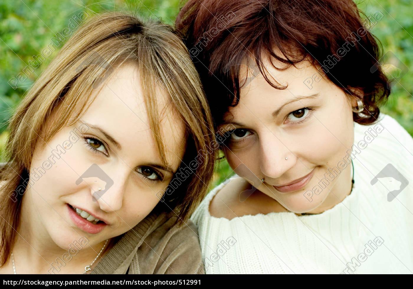 sisters - 512991