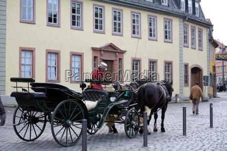 tourists, wagon - 512776