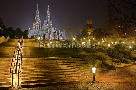 cologne cathedral steps
