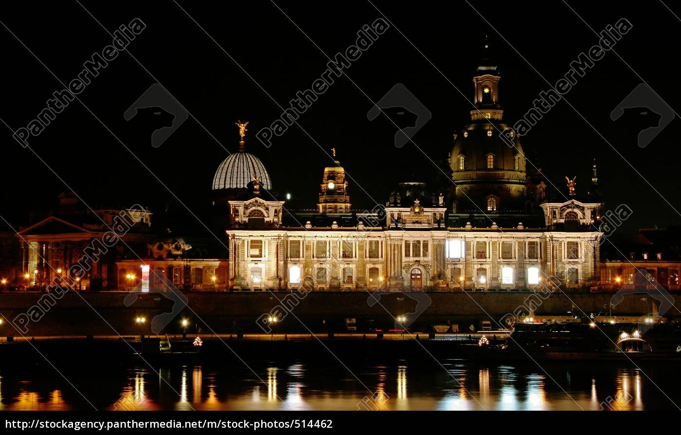 frauenkirche, with, academy, of, fine, arts - 514462