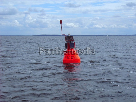 orientation buoy on the mueritzsee