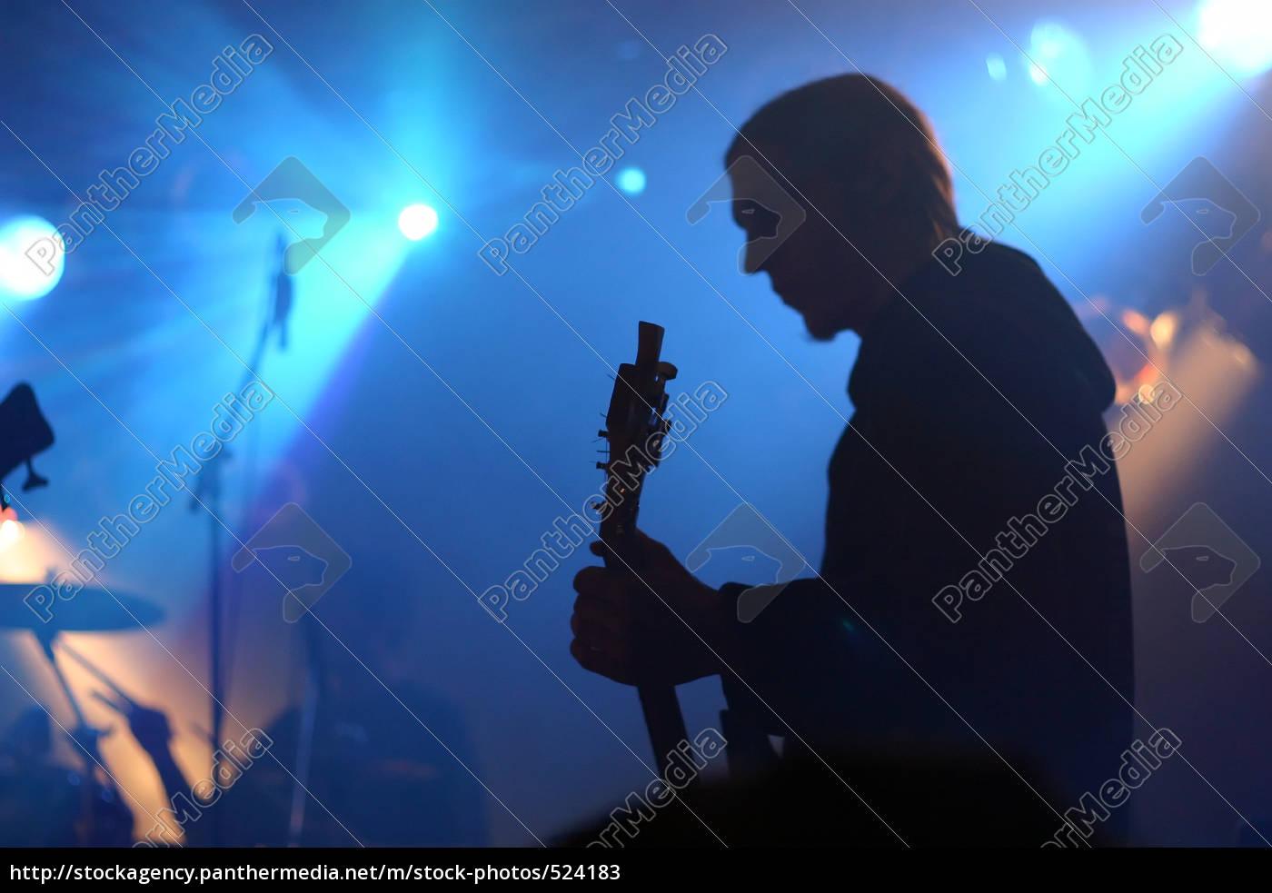 guitarist - 524183