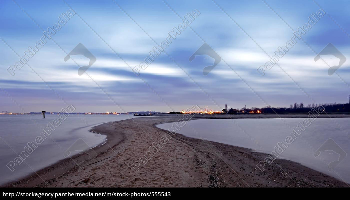 sandy, beach - 555543
