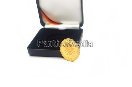 100 euro gold coin