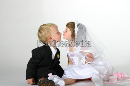 kiss, the, bride - 568107