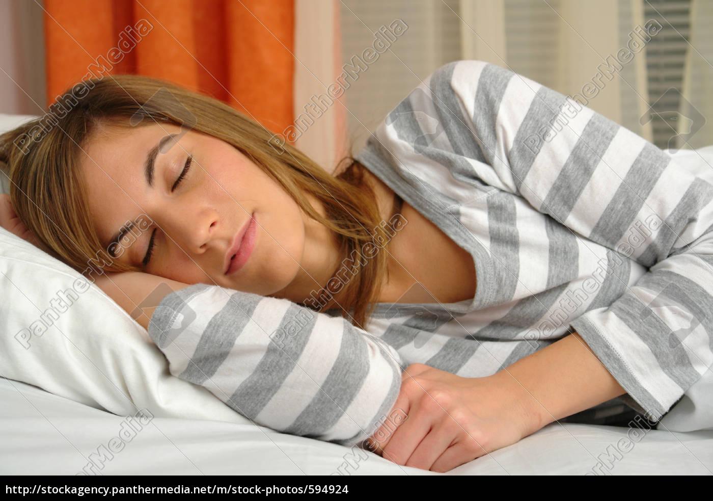 sleep - 594924