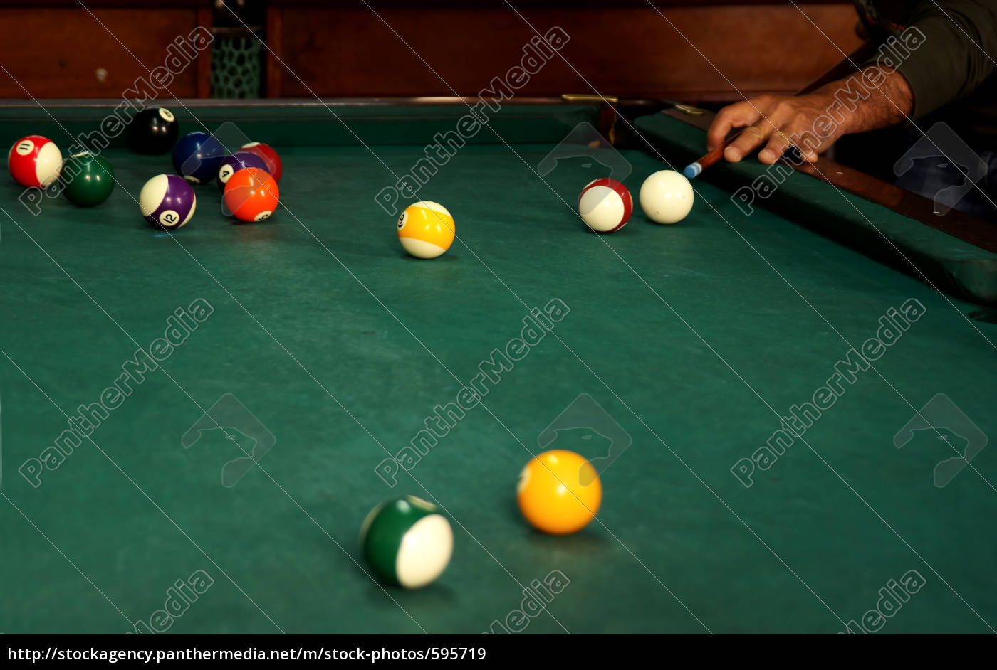 billiards - 595719