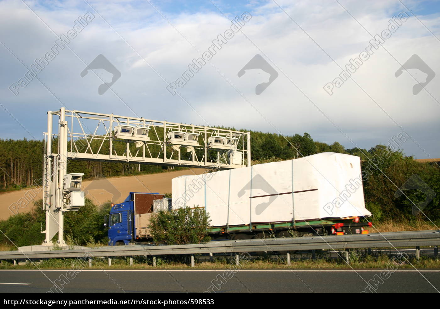 toll, system, with, truck - 598533