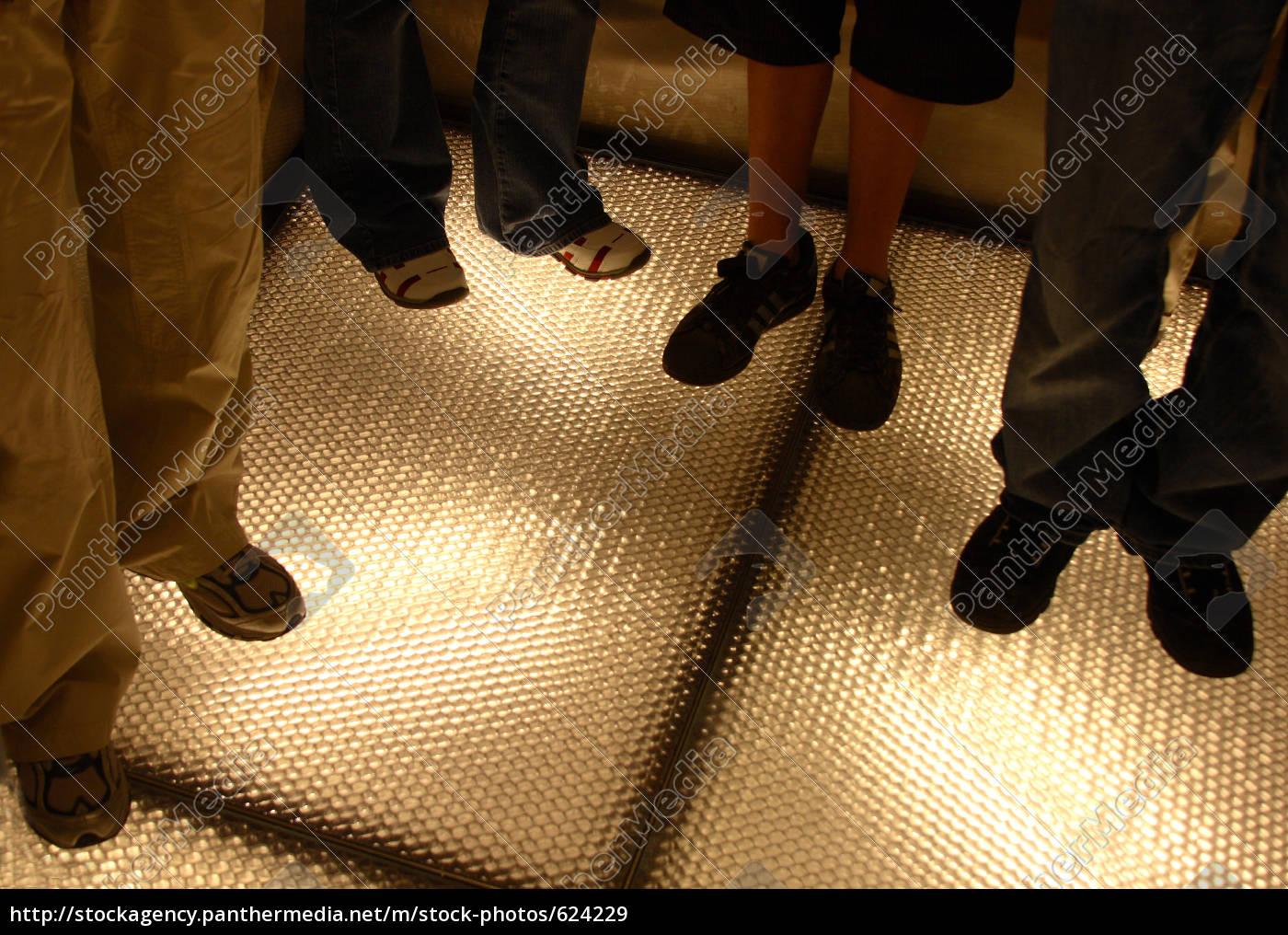standing, feet - 624229