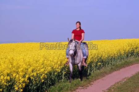 riding in spring
