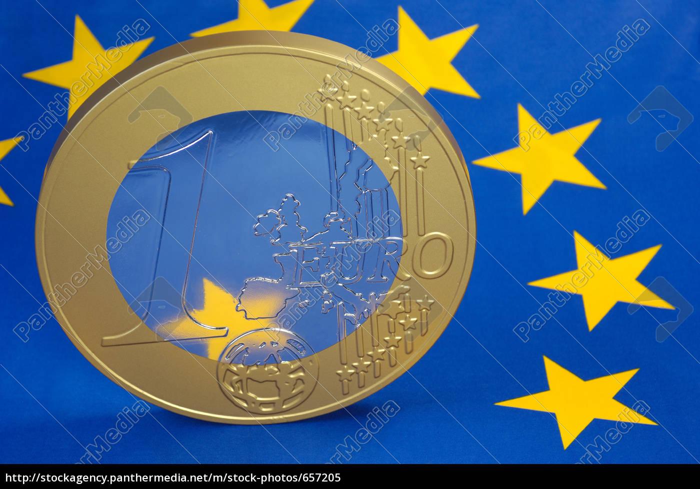 euro, coin, on, the, european, flag - 657205