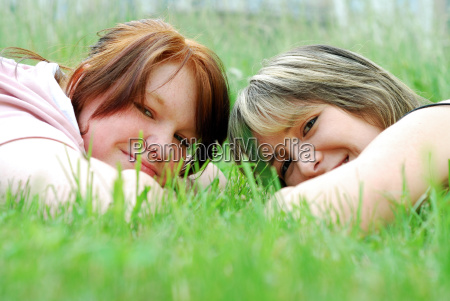 sisters - 666015