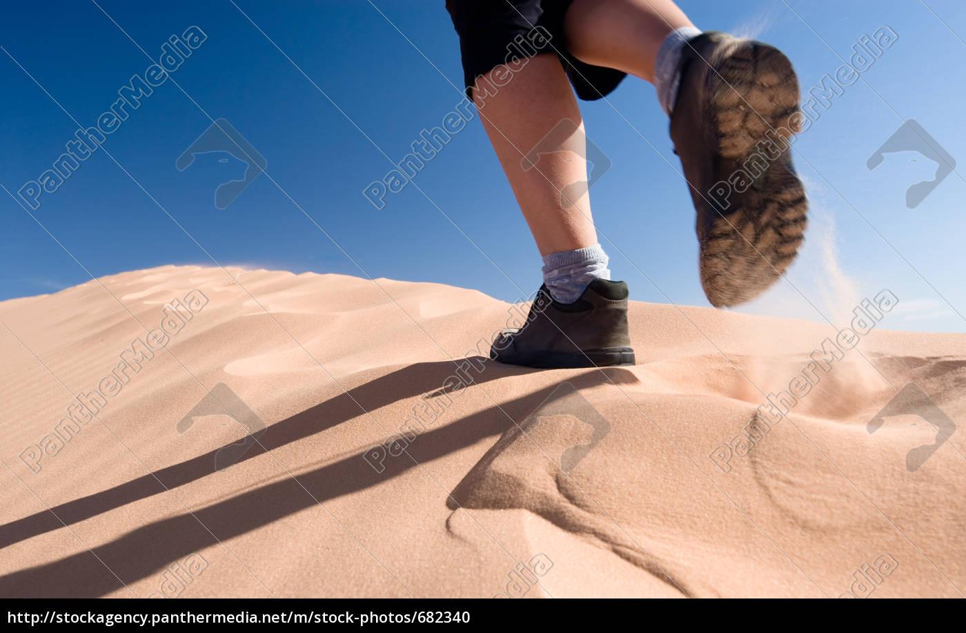 hiking - 682340