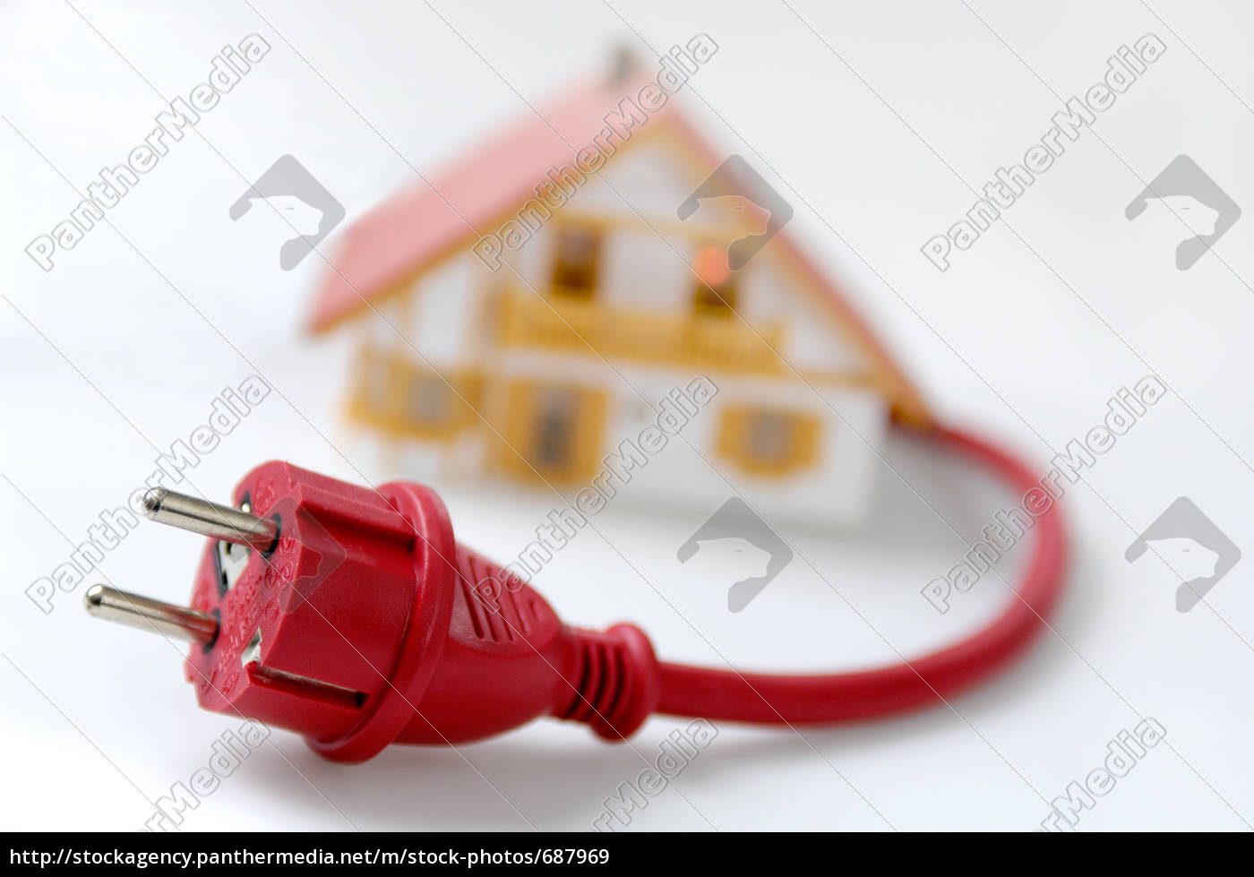 model, house, with, safety, plug - 687969