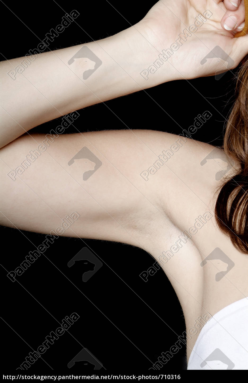 female, armpit - 710316
