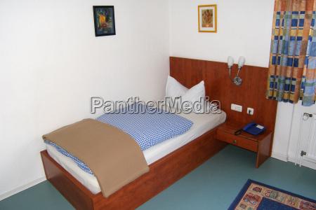 single, room - 726040