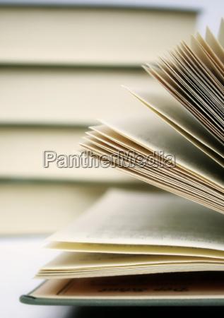 education, -, books - 736930