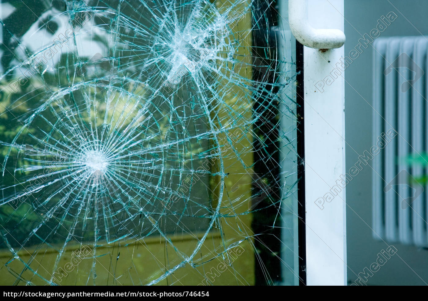 burglary - 746454