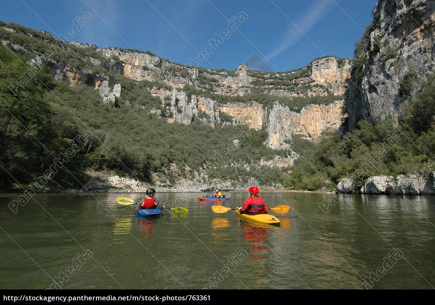 kayaks, on, the, ardeche - 763361
