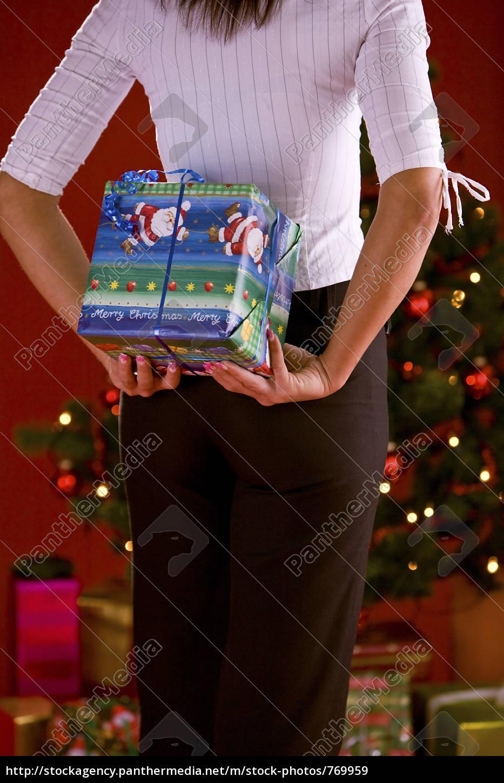 woman, hiding, christmas - 769959