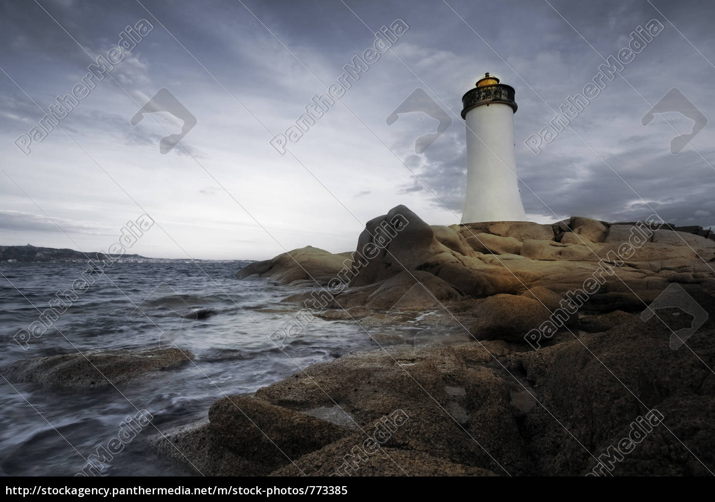 lighthouse, seen, from, a, small, str - 773385