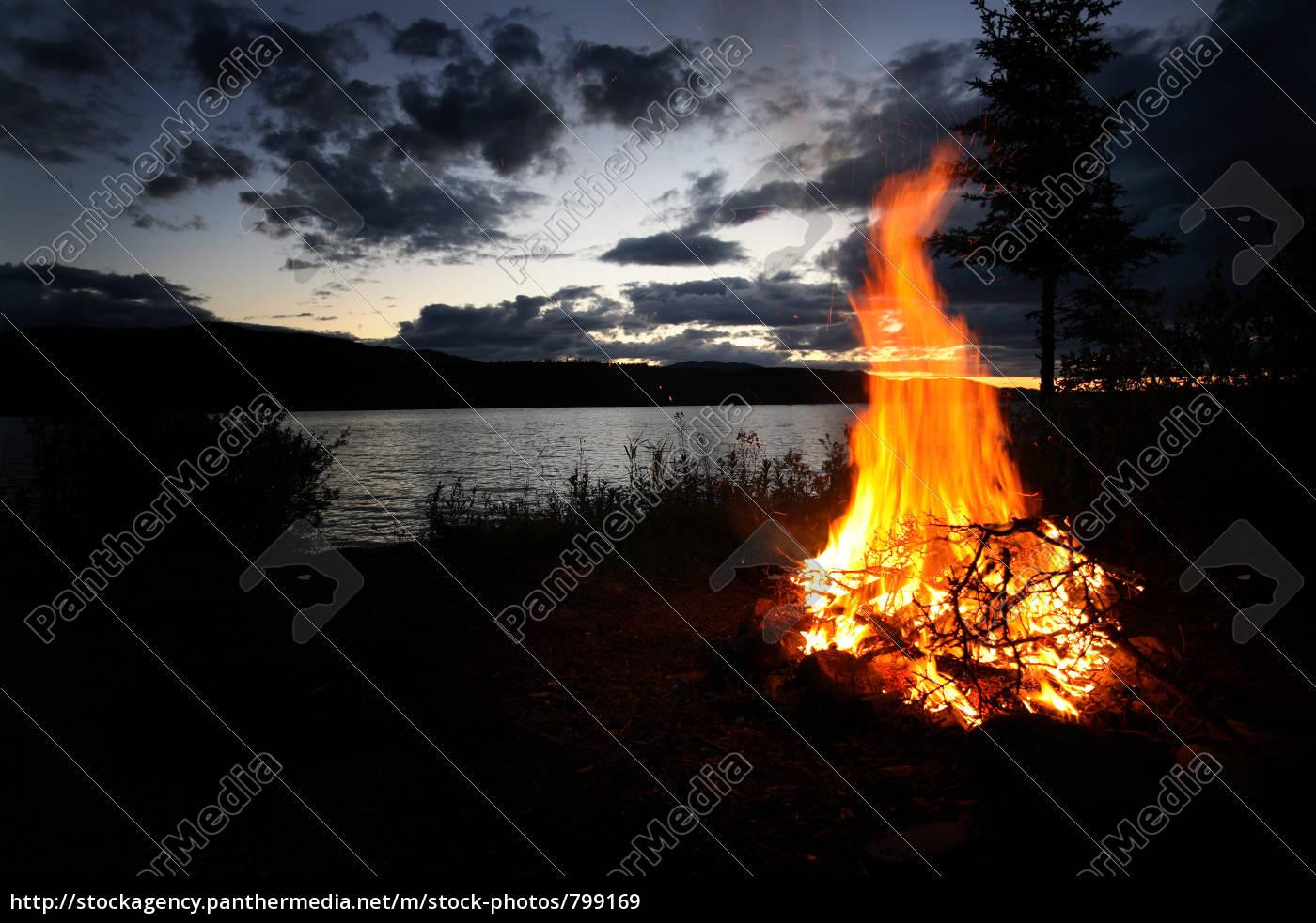 campfire - 799169